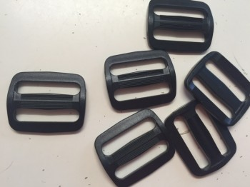 ♥Plastic WIRE BUCKLES♥ black PRICE per ONE