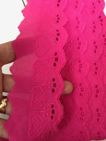 ♥WÄSCHESPITZE♥ LOVE fuchsia HERZ 5cm LOCHSTICKEREI Bogenkante
