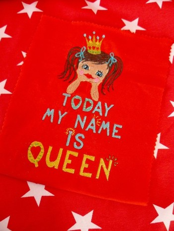 TODAY my NAME is QUEEN 10x10cm