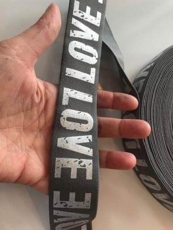 ♥LOVE♥ Gummiband 4cm GRAU silber