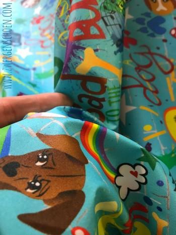 ♥WUFFz on GRAFFITISCHÖN♥ 0.59m BESCHICHTETE BAUMWOLLE Hunde WEBWARE blau