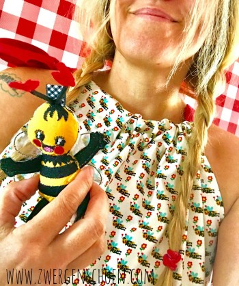 ♥BIENchENschön♥ 0.5m JERSEY Bee LOVE Bienen