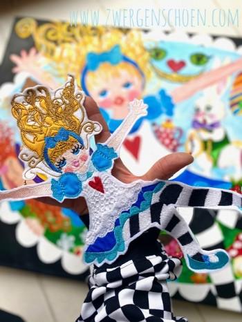 ♥ALLY McWONDER♥ Embroidery-File-SET WONDERLAND 10x10 13x18cm +GIGAHOOP