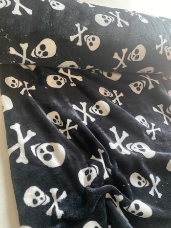 ♥SCULLS♥ 0.5m KUSCHEL-Fleece TOTENKÖPFE black