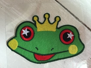 ♥FROGKING♥ Iron ON small PADGE