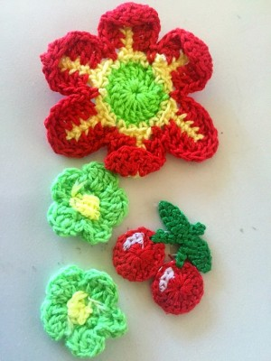 ♥CROCHET PATCHES♥ FLOWER Cherry 4pcs