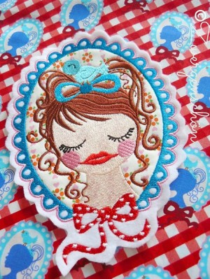 ♥HAZEL&Friends♥Single EMBROIDERY 13x18cm fabricSTAR