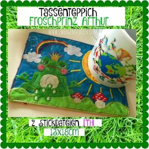 ♥TASSENTEPPICH♥ Stickmuster ITH Froschprinz Arthur 13x18cm