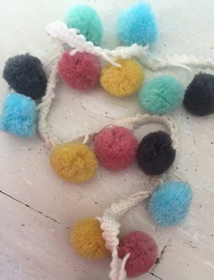 ♥XXL POM PON♥ ribbon MULTICOLOR black yellow blue rose