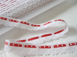 ♥RUFFLes♥red DOTS croched NON-elastic RIBBON