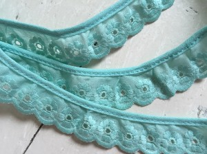 ♥LINGERIE♥ Ruffles COTTON 2.5cm MINT price per meter