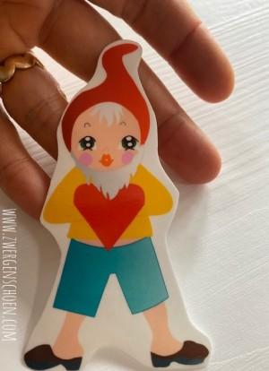 ♥3von7♥ AUFKLEBER Heinrich HERZ Love Gnome ZWERG 9cm TRANSPARENT