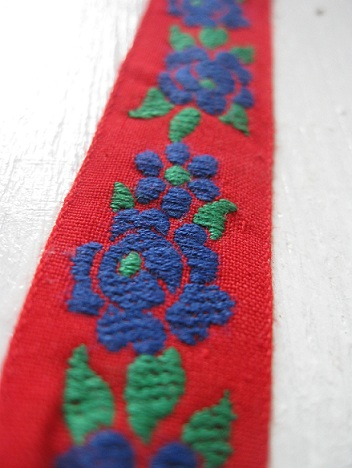 ♥BAVARIAN RETRO FLOWERS♥ribbon RED