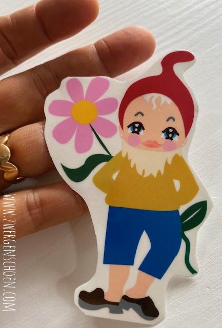 ♥7von7♥ AUFKLEBER Bernhard BLUMEN Gnome ZWERG 9cm TRANSPARENT